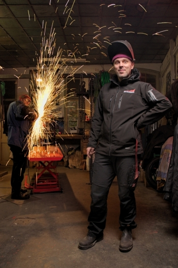 1212: Alex (Metalworker)